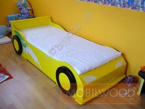 autos-gyerekagy-sarga.jpg